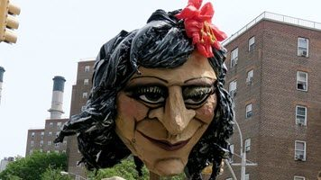 Artists Use Giant Heads to Honor Hispanic Activists of the Lower East Side