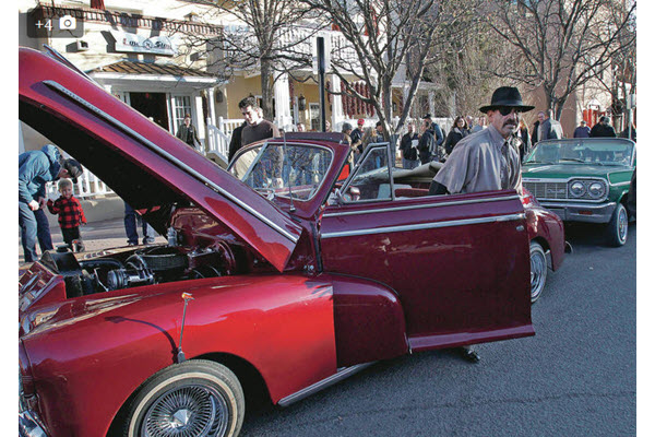 Lowriders cruise into Santa Fe