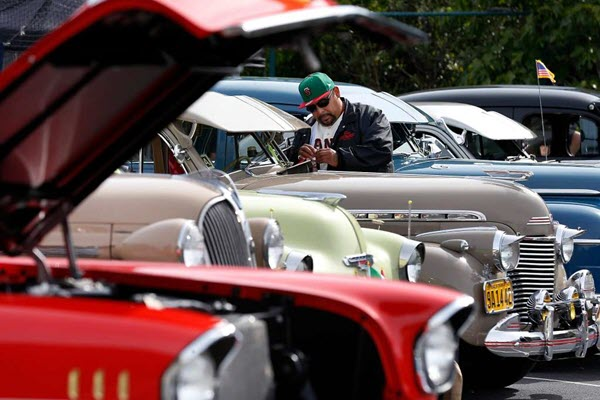 On Cinco de Mayo, lowriders look with pride to their tricked-out rides