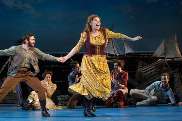 Tony nominee Lindsay Mendez among Latinos making a mark on Broadway this season