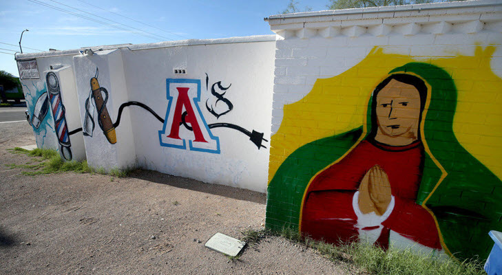 Neto's Tucson: Our city's symbols — the 'A' and the Virgen — connect us