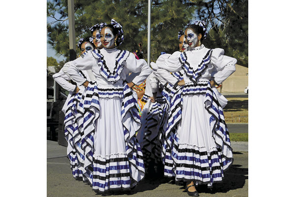 Antelope Valley Hispanic Chamber celebrates annual Dia de Los Muertos event