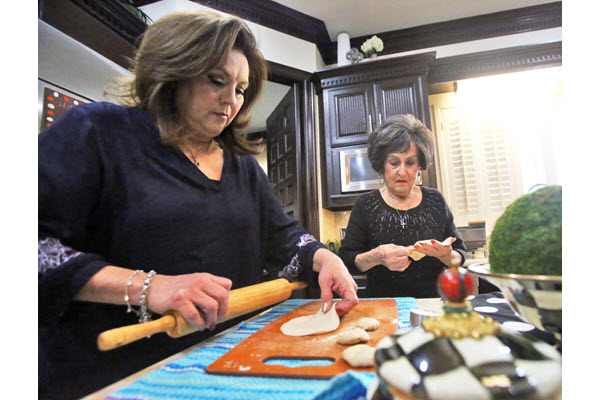 Sweet tradition: Edinburg family spans 3 generations of making New Year's buñuelos