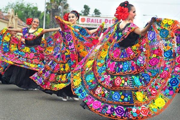 Dancing in the street: Baile del Sol marks beginning of Charro Days Fiesta