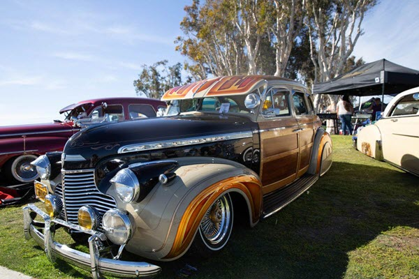 Low and slow: Car clubs