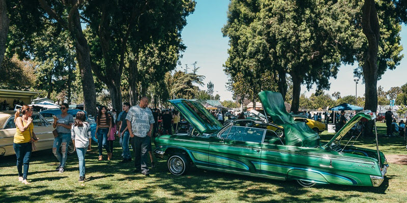 Lowriders and classics from the Azalea Classic Car Show