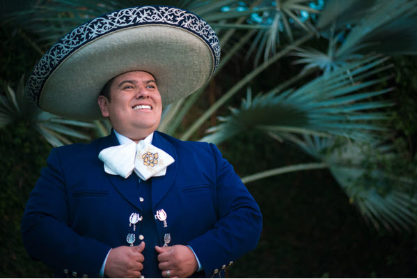 Father's Day concert shines light on Mexican, Cuban boleros