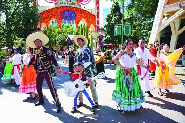 Permanecer Sentados: Disney Resort is Getting More Mexican! [Alt-Disney]
