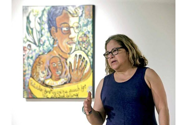 Artist shares Mexican-American art,celebration traditions