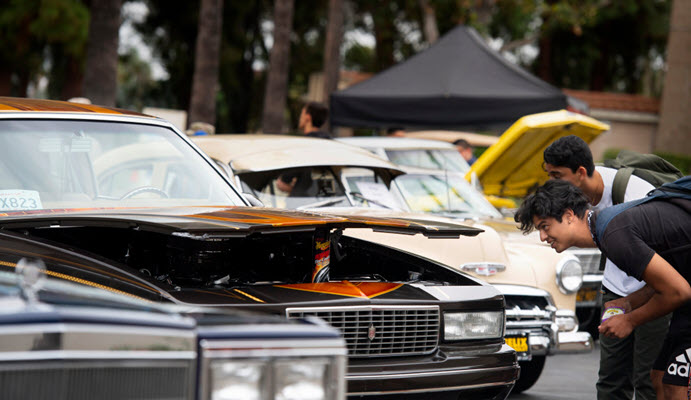 Lowrider car show rolls onto Riverside City College