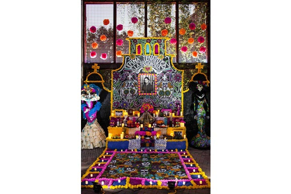 Día de los Muertos' appropriation is on global scale