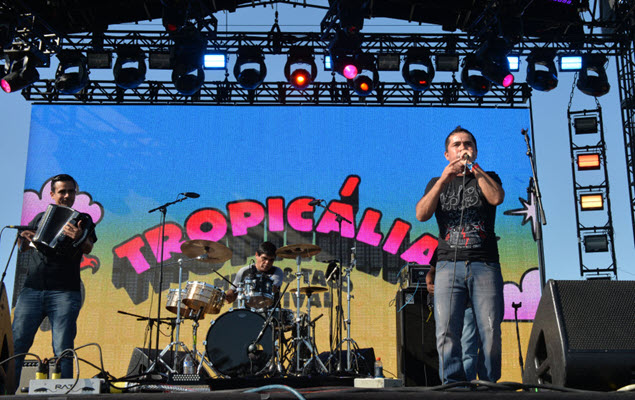 Festival Pass: Tropicalia is on the move 🚚 and San Pedro goes country 🤠