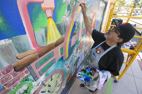 Mural's restoration preserves the work and memory of the late Michael Schnorr